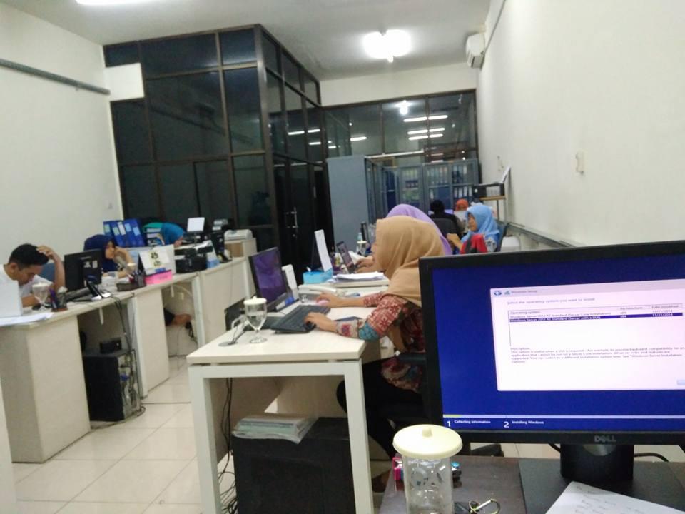 Instalasi Server Windows 2012 R2 di PT Aqpa Engineering Indonesia