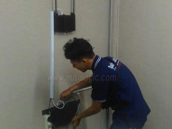 Instalasi jaringan Komputer di PT Metta Trans Perkasa Jakarta Utara