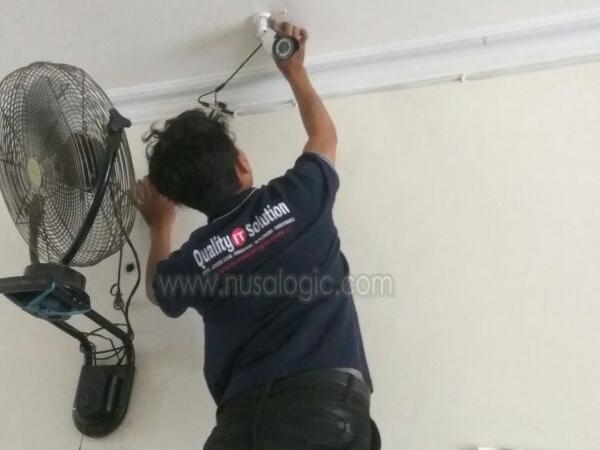 Instalasi CCTV di Ruko Distributor Kabel Grandwisata Bekasi